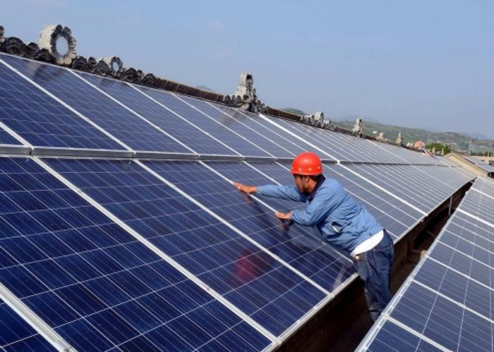 深入了解太阳能电池板的工作概念